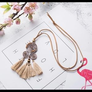 Jewelry - New leather BOHO tassels pendant necklace